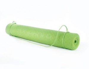 Inexpensive Yoga Mats YogaHola 3