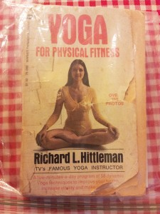 Richard_Hittleman's_Yoga_in-bag